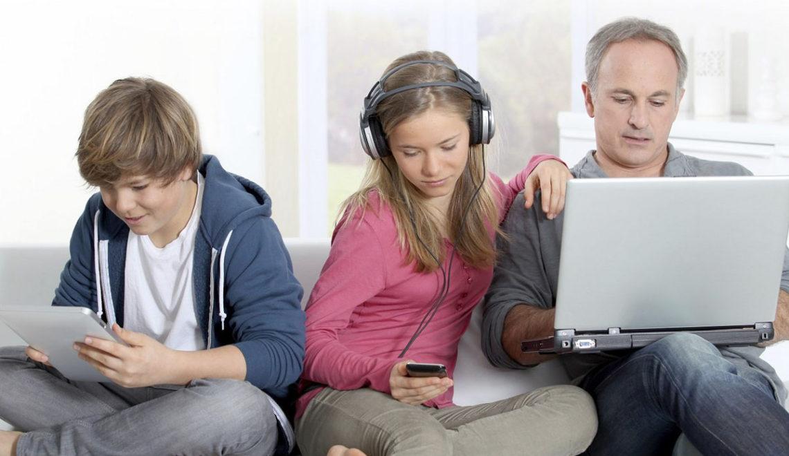 a fi parinte in era digitala